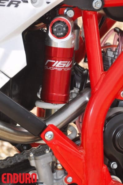 S16V, fabricant espagnol des suspensions.