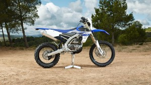 2016-Yamaha-WR450F-EU-Racing-Blue-Static-001
