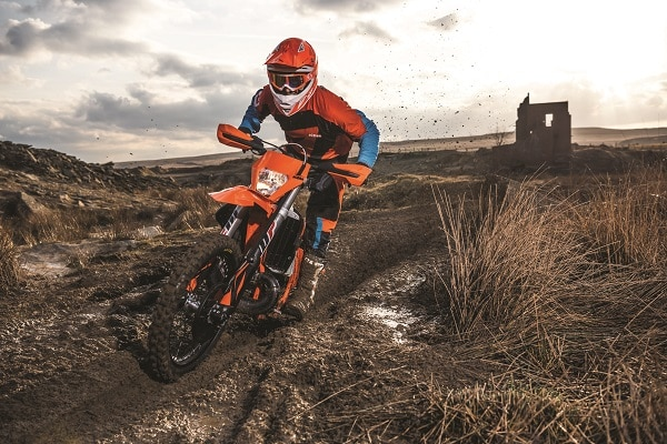 EN AVRIL AVEC KTM, PASSE A L'INJECTION 2 TEMPS !