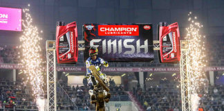 https://www.superenduro.org/fr/billy-bolt-met-fin-a-4-ans-d-invincibilite-de-taddy-blazusiak-a-domicile